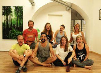 Lerne das Team von Coming Hooomm - dem Studio für Yoga, Pilates und mehr in 1020 Wien-Leopoldstadt - kennen!
