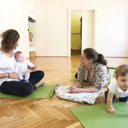 Mama-Baby-Yoga